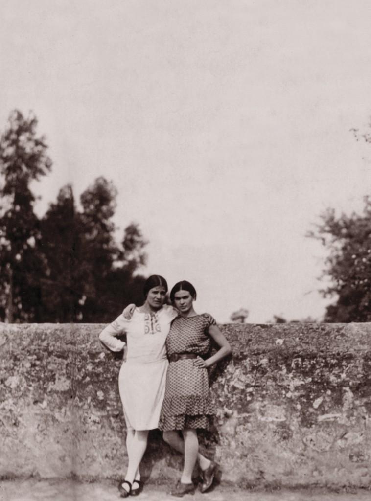 tina modotti and frida Kahlo