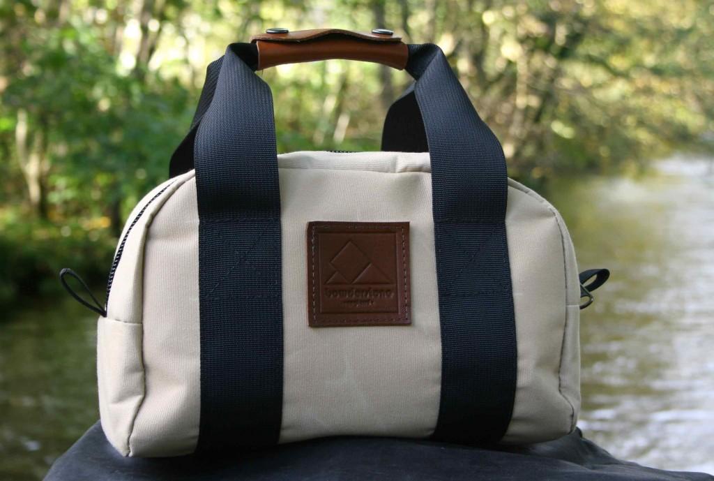 BS-Shoot-01-Hand-Bag