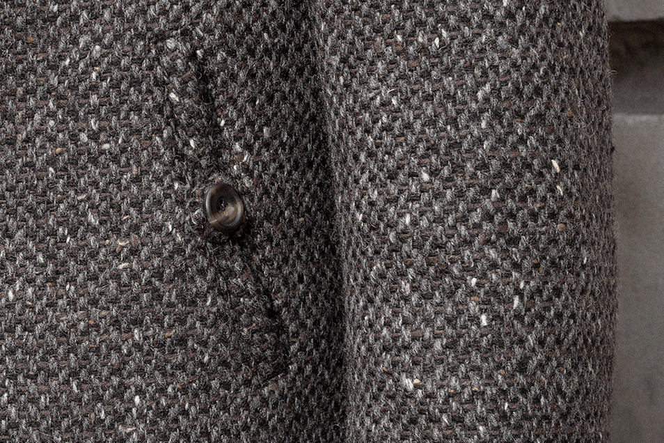 tobacco-charcoal-wool-tweed-peacoat-worn-5