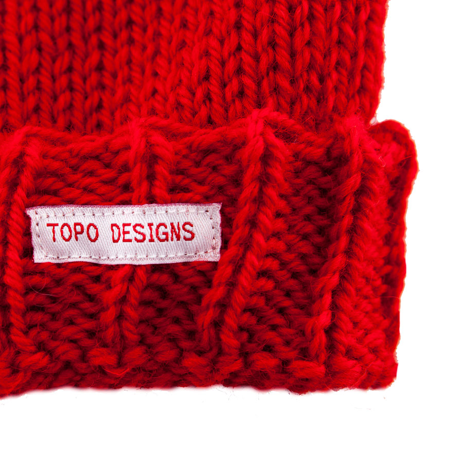 topo_designs_wool_beanie_red_detail