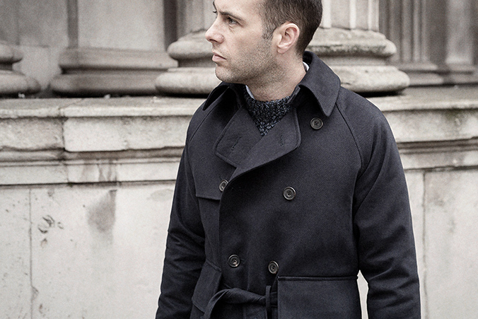 navy-blue-trench-coat-worn-4p