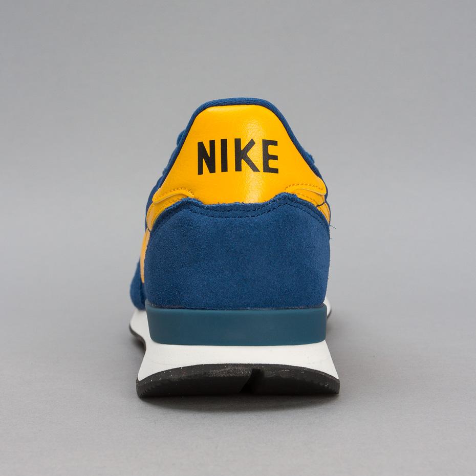 NikeInternationalist4