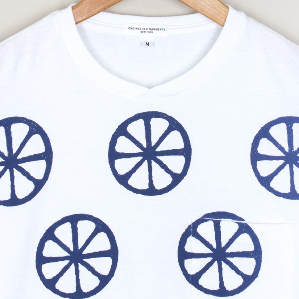 print_pocket_tee_-_white_blue_wheels_3_