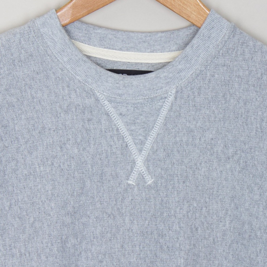 crew_sweat_-_grey_melange_2_