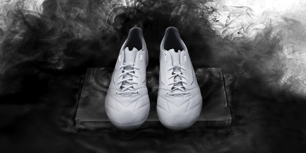 Adidas_Football_B&W_F50_White_Hero_01