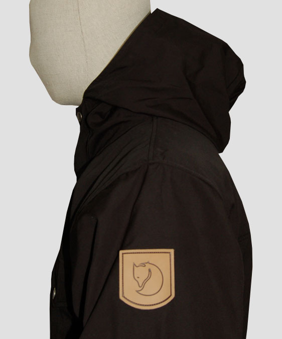 fjallraven-greenland-jacket-black-side