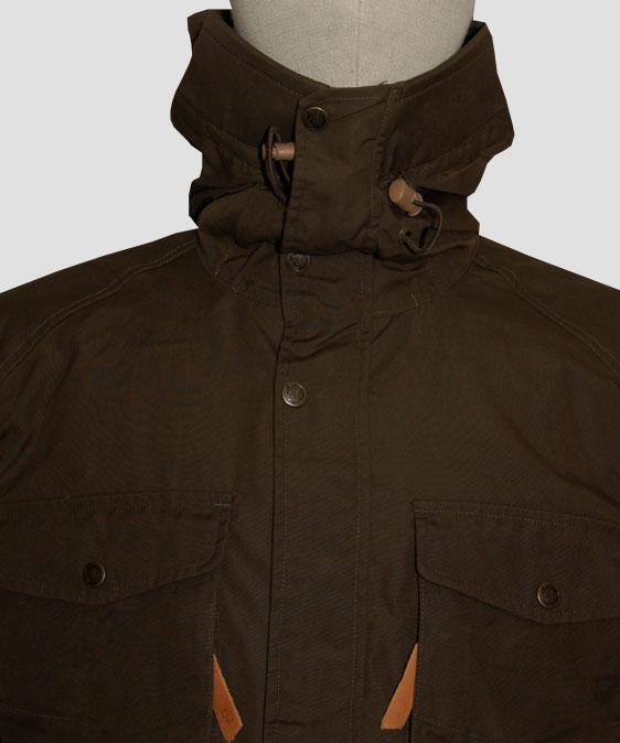 fjallraven-sarek-trekking-jacket-dark-olive-neck