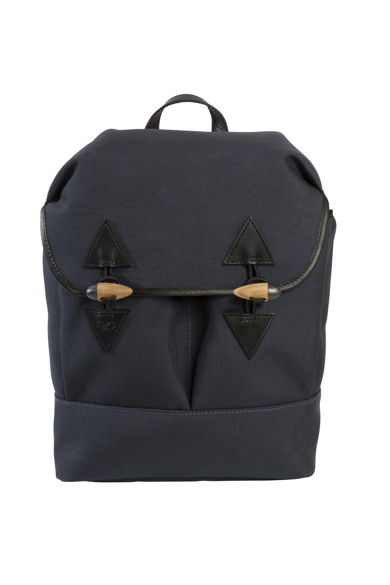 grey_rucksack_front (2)