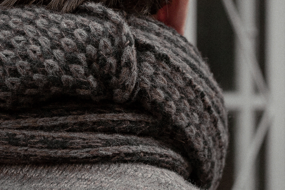 grey-russet-brown-lambswool-scarf-worn-1