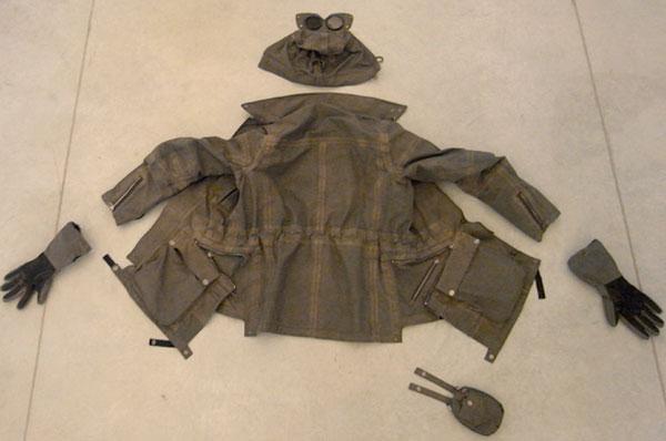 cp-company-aitor-throup-1000-goggle-jacket-2