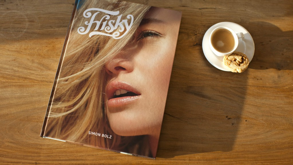0-coffee-table-book-frisky-simon-bolz