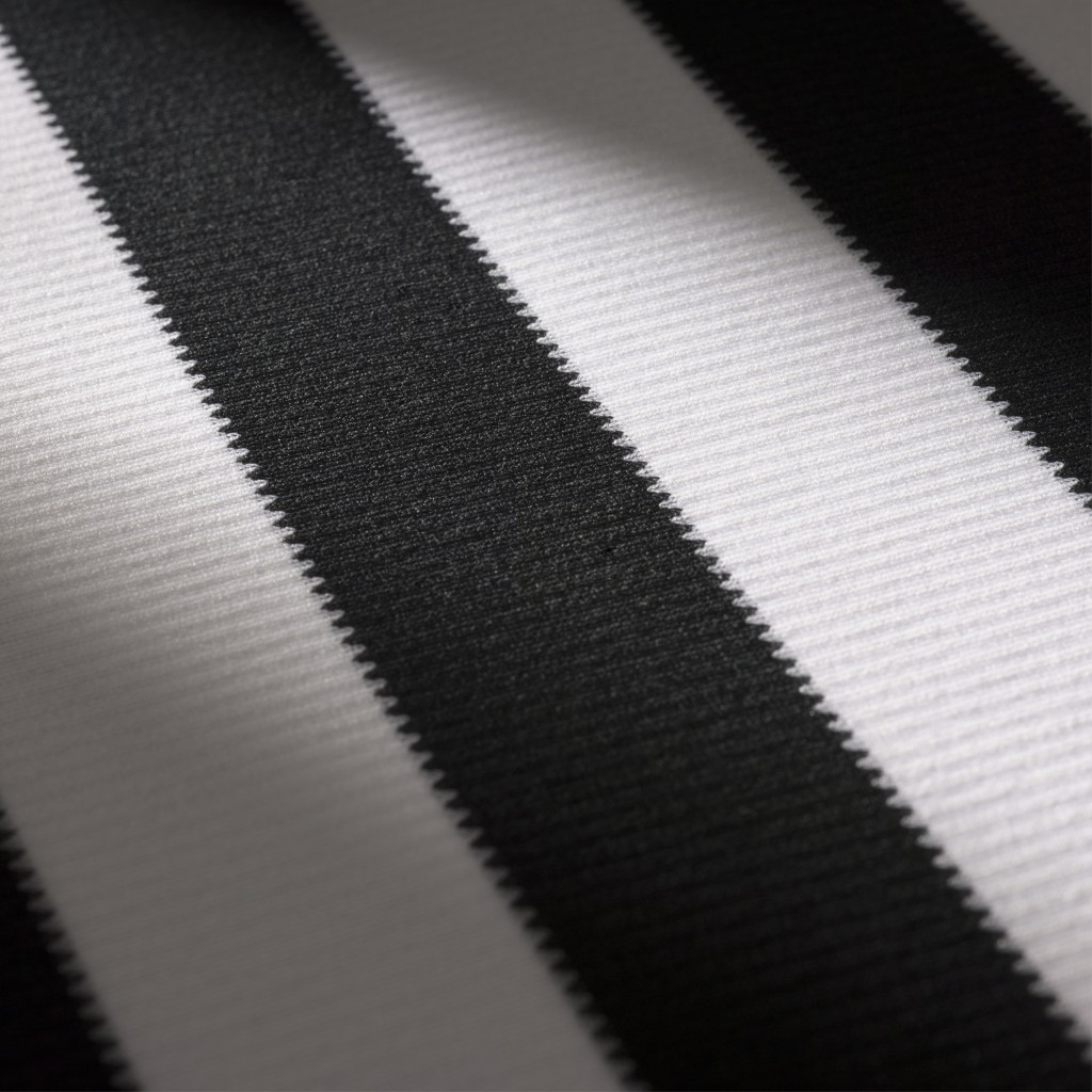 Juventus_details_digital_5_square