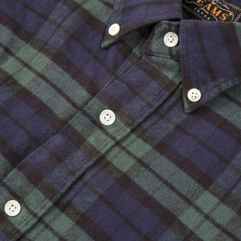BEAMS_PLUS_FLANNEL_BUTTON_DOWN_SHIRT_BLACK_WATCH_DETAIL3_1024x1024