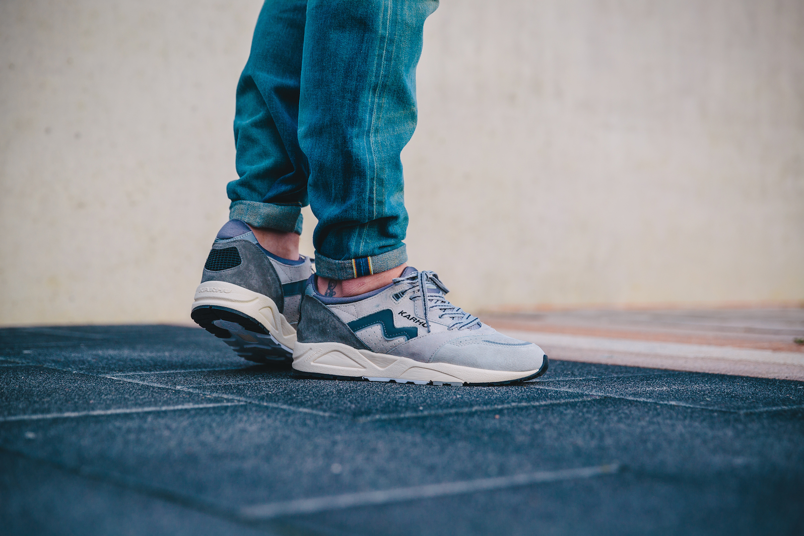 Karhu Aria Grey:Light Grey On Feet