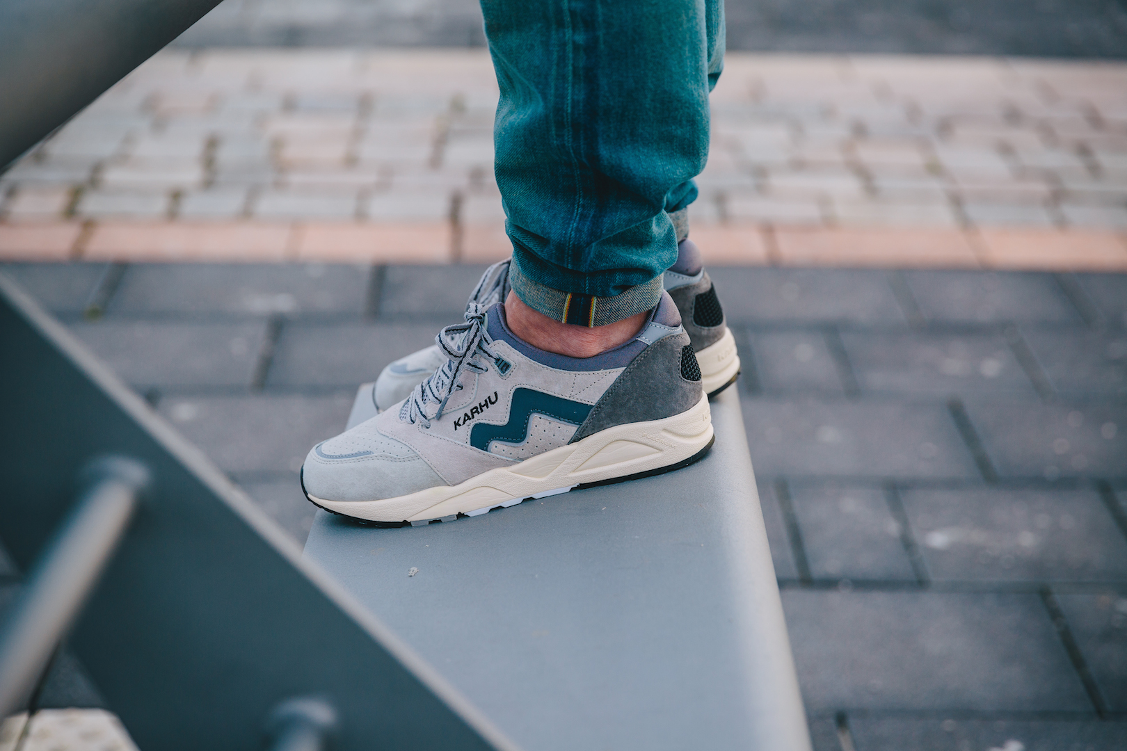 Karhu Aria Grey:Light Grey On Feet2