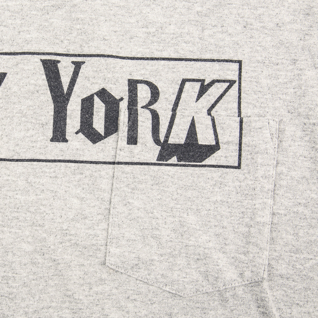 ENGINEERED_GARMENTS_CROSS_CREW_NECK_T-SHIRT_NEW_YORK_GREY_DETAIL2_1024x1024