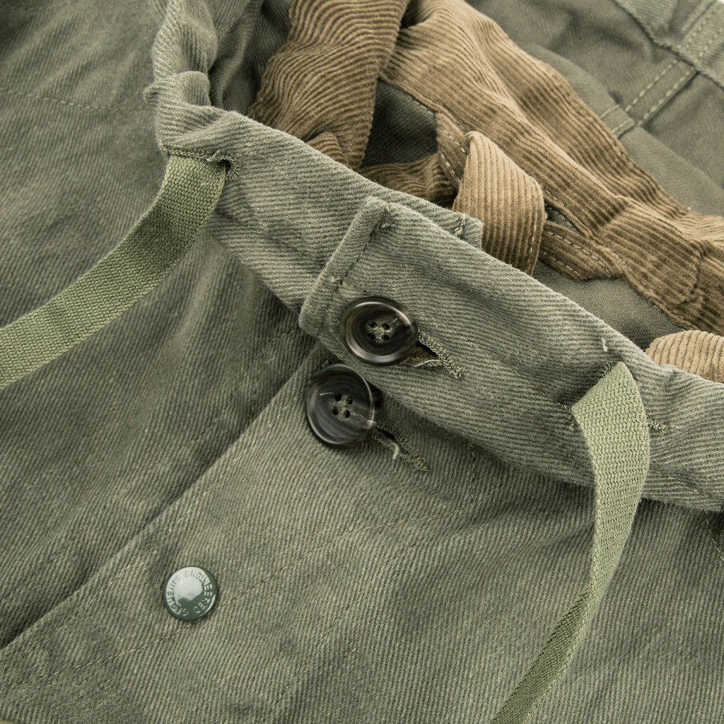 ENGINEERED_GARMENTS_HIGHLAND_PARKA_OLIVE_12OZ_BULL_DENIM_DETAIL1_84e7d69b-e915-4f47-b1a1-b003f85f861f_1024x1024