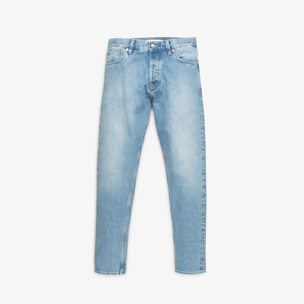 SLIM-DENIM-SUN-WASH-1400DKK-155GBP-200EUR-240USD