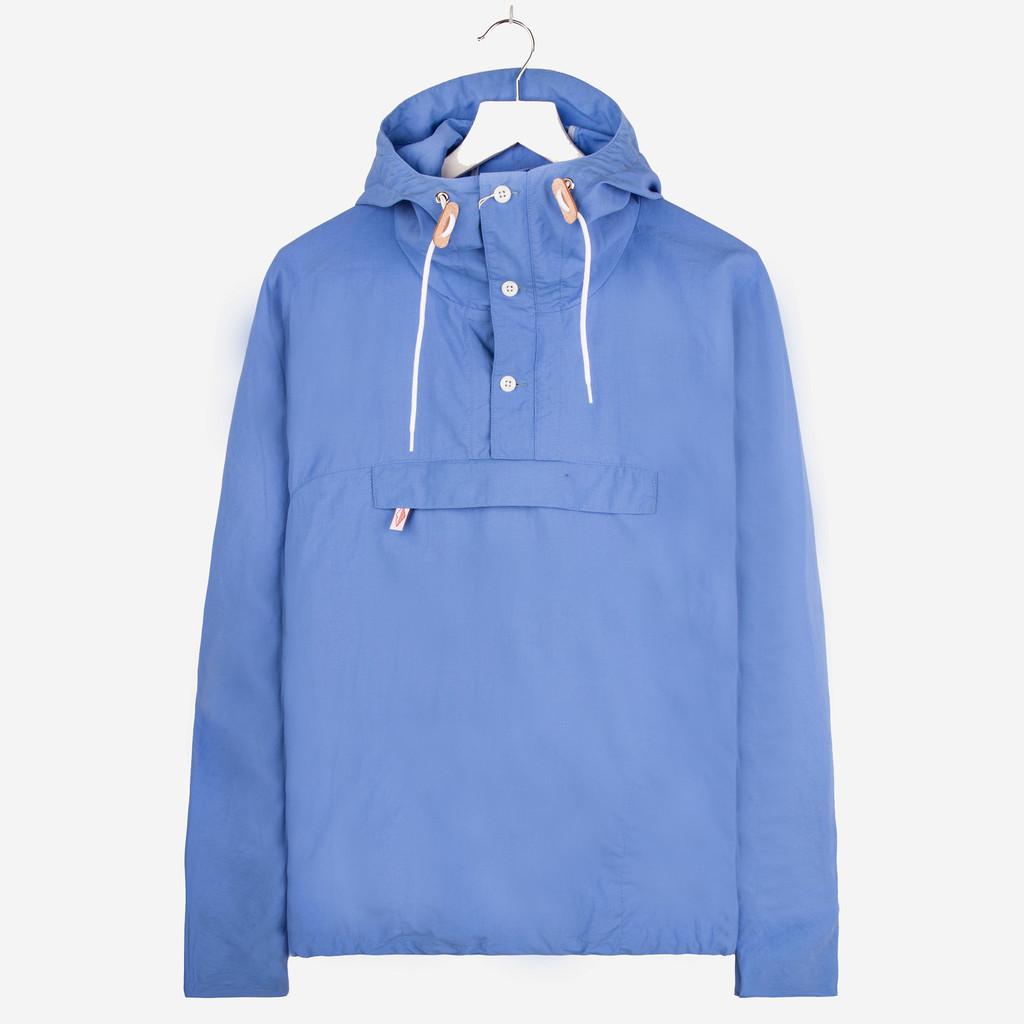 BATTENWEAR_PACKABLE_ANORAK_BLUE_SKY_DETAIL1_1024x1024
