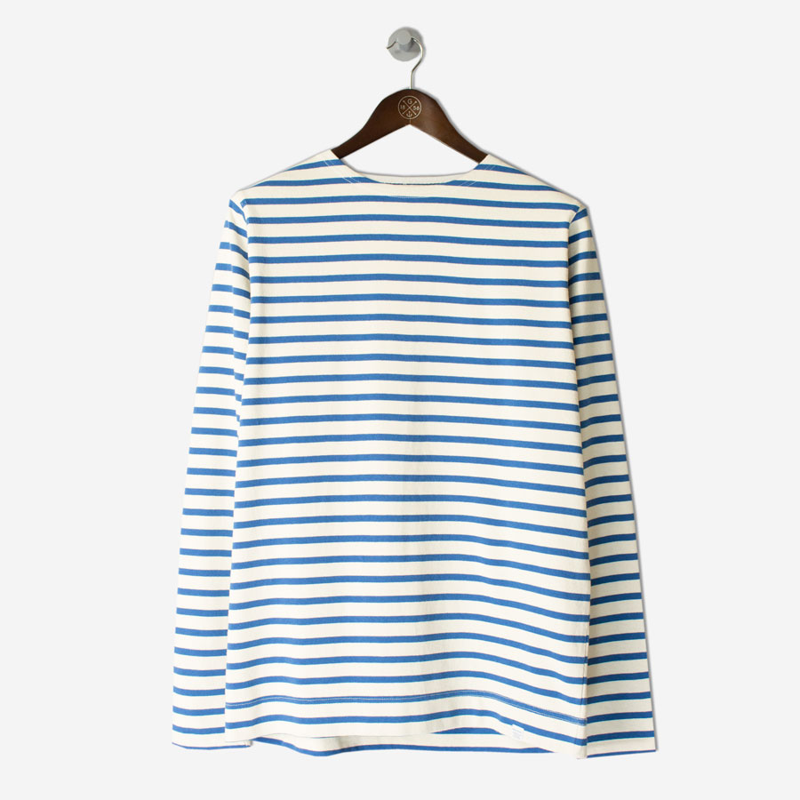 NORSE-PROJECTS-Godtfred-Compact-LS-Tee-Ecru-Botanical-Bluefront