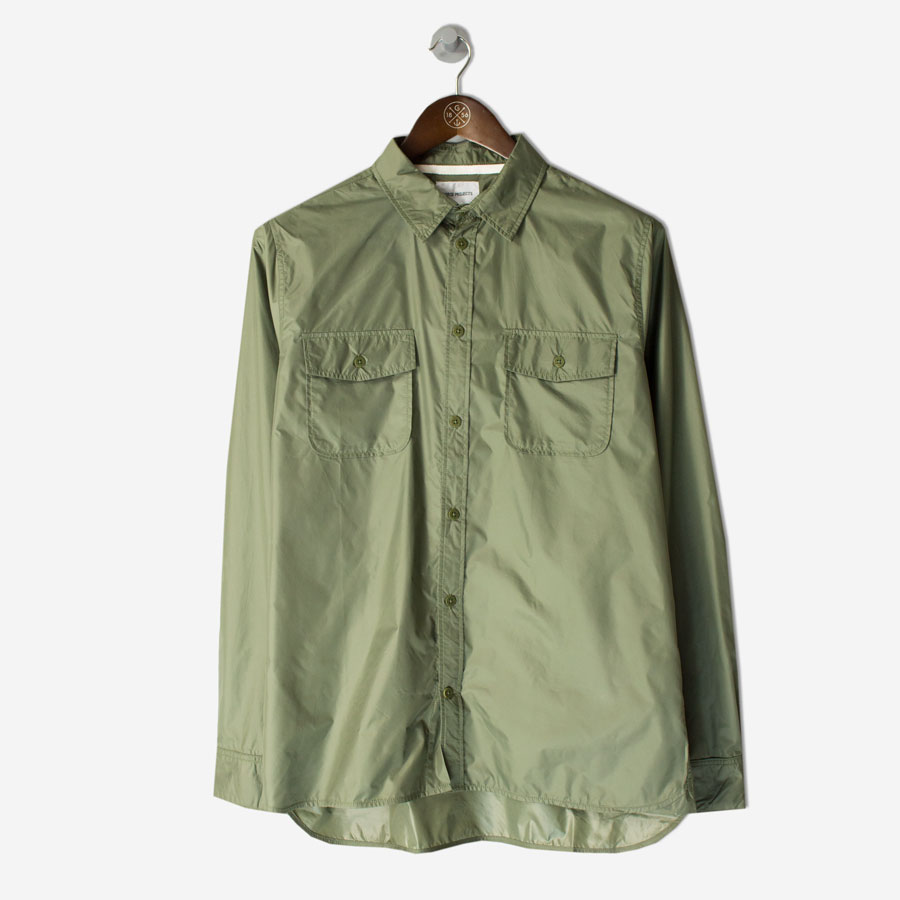 NORSE-PROJECTS-Hans-Light-Ripstop-Shirt-Dried-Olivefront