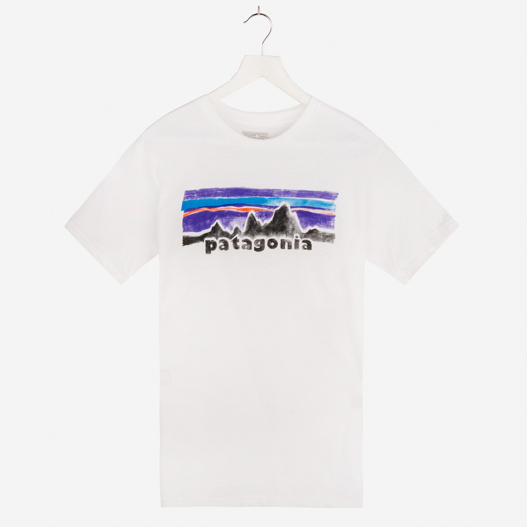 PATAGONIA_LEGACY_COTTON_POLY_T-SHIRT_WHITE_DETAIL1_1024x1024