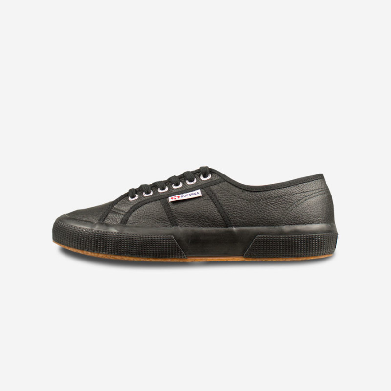 SUPERGA-2750-Efglu-Blackfront-800x800