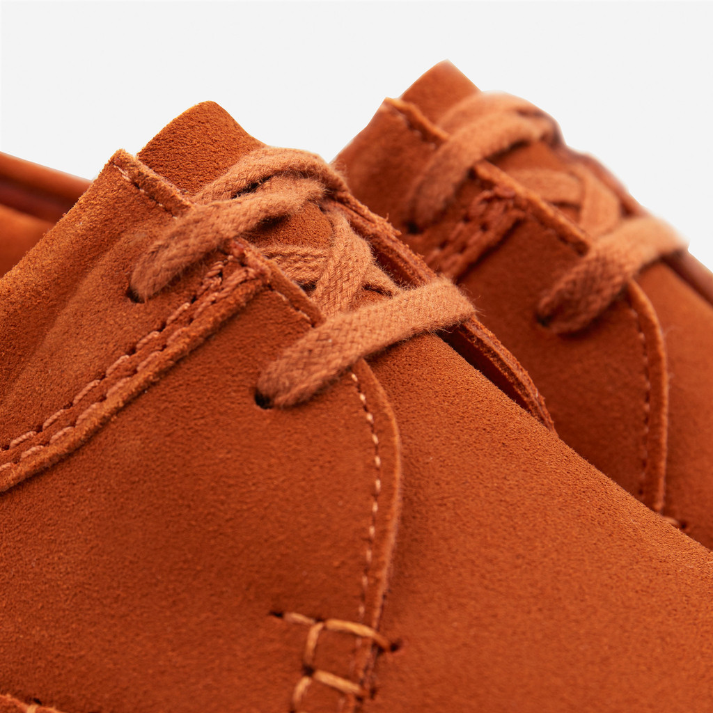 CLARKS_ORIGINALS_WEAVER_RUST_SUEDE_DETAIL2_1024x1024