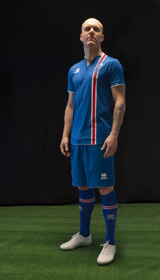 Iceland-home-jersey-KSI-Landslidstreyja-2016-ERREA