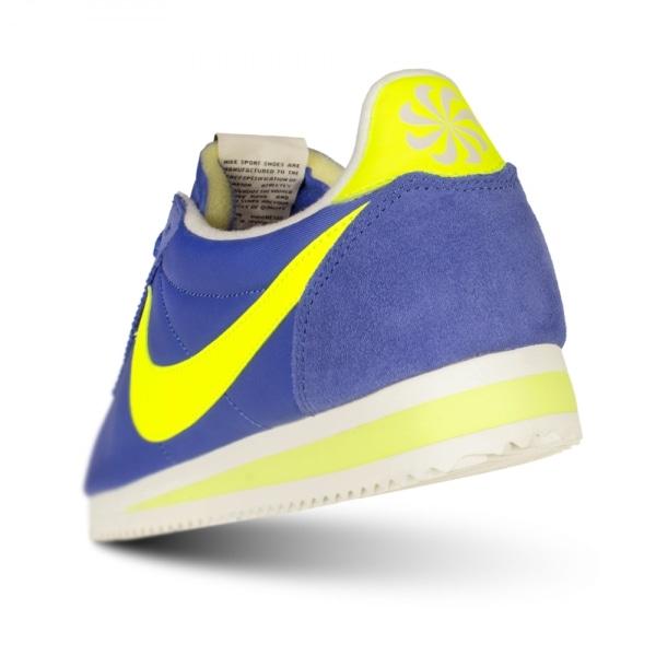 nike-classic-cortez-nylon-trainer-varsity-royal-blue-p109922-68840_image