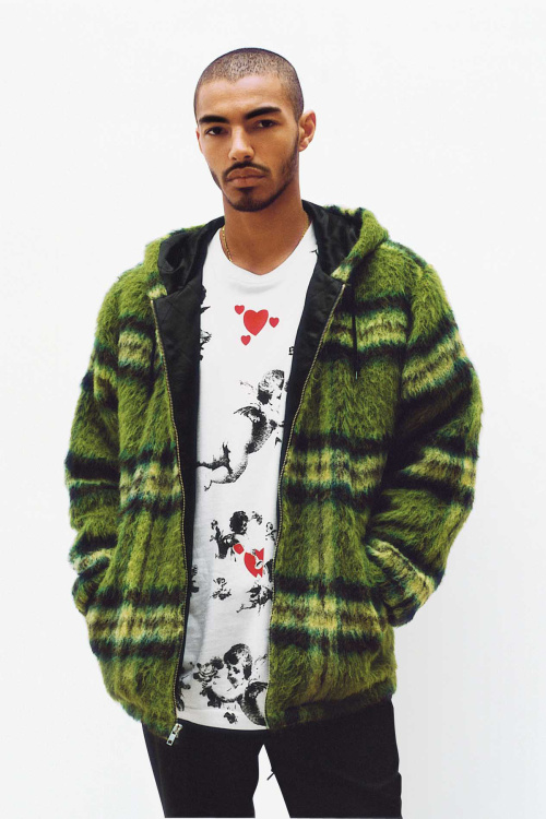 supreme-2016-fall-winter-lookbook-11