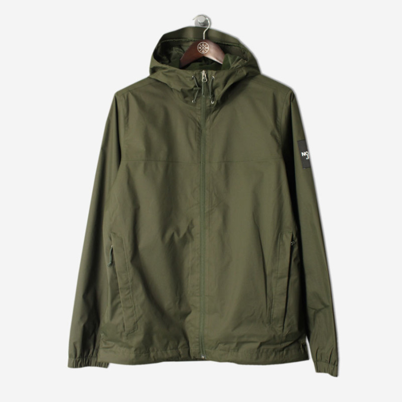THE-NORTH-FACE-BLACK-LABEL-Mountain-Q-Jacket-Rosin-Green4-800x800