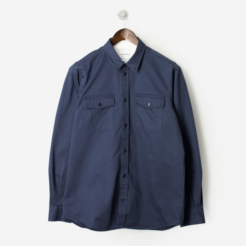 norse-projects-villads-compact-twill-shirt-navy-800x800