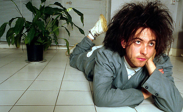 Mandatory Credit: Photo by BLEDDYN BUTCHER / Rex Features ( 206078c ) Robert Smith of the Cure Various - 1992