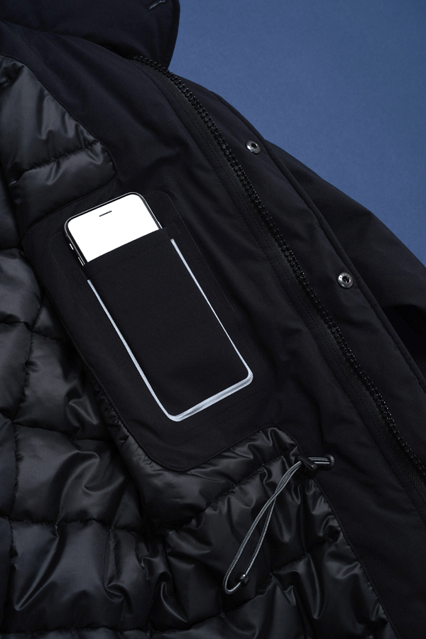 creek-jacket-phone-pkt-detail
