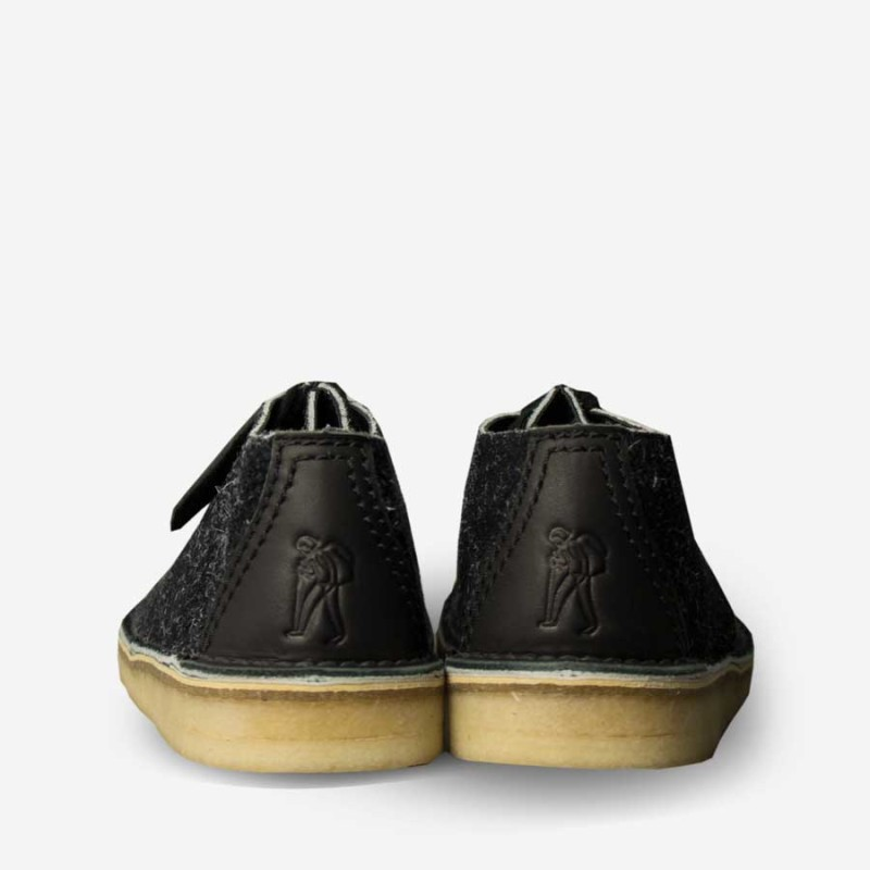 clarks-originals-desert-trek-black-hairy-suede2-800x800