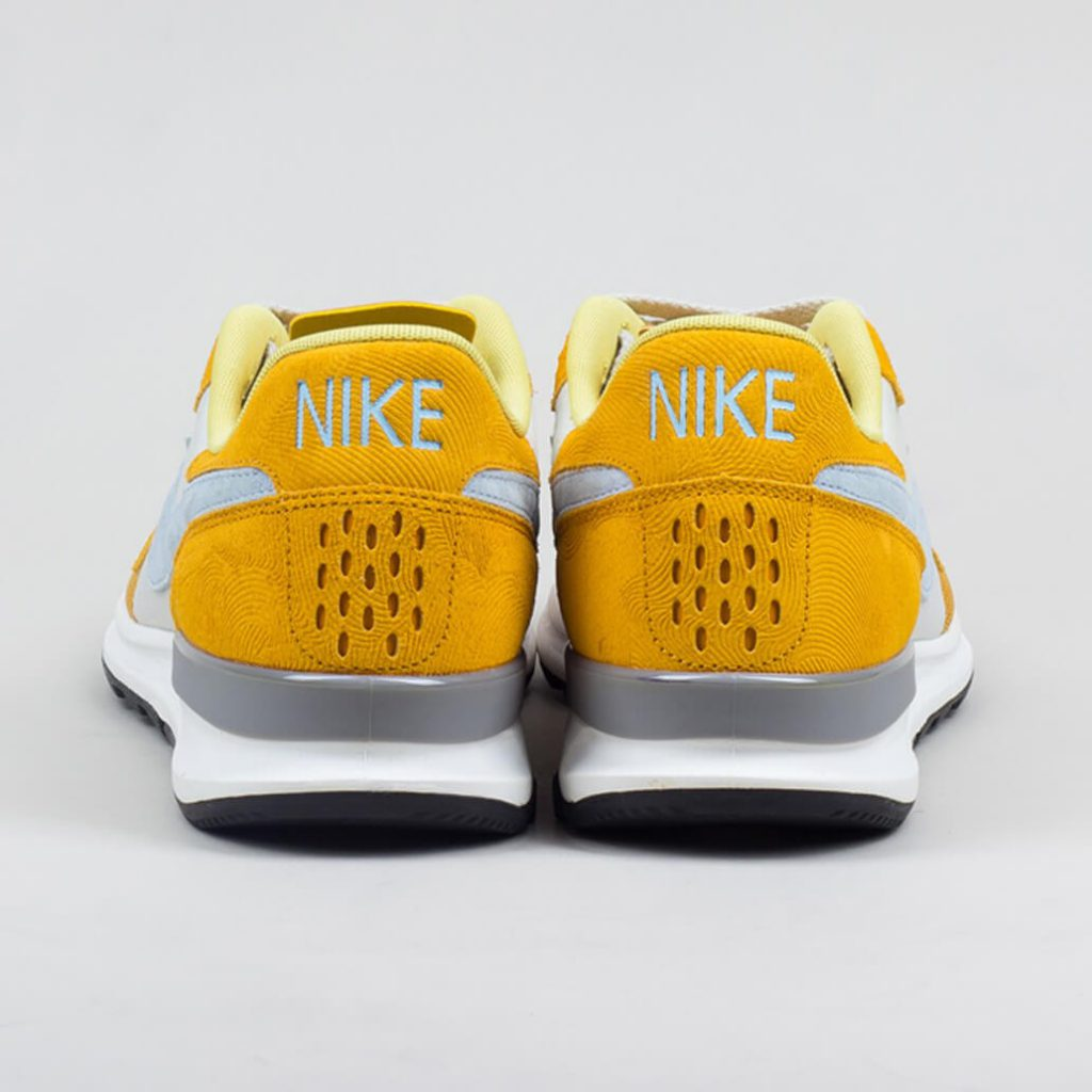 nike_air_berwuda_premium_-_gold_leaf_light_bone_5_