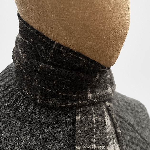 scarf-grey-donegal-merino-cashmere-1