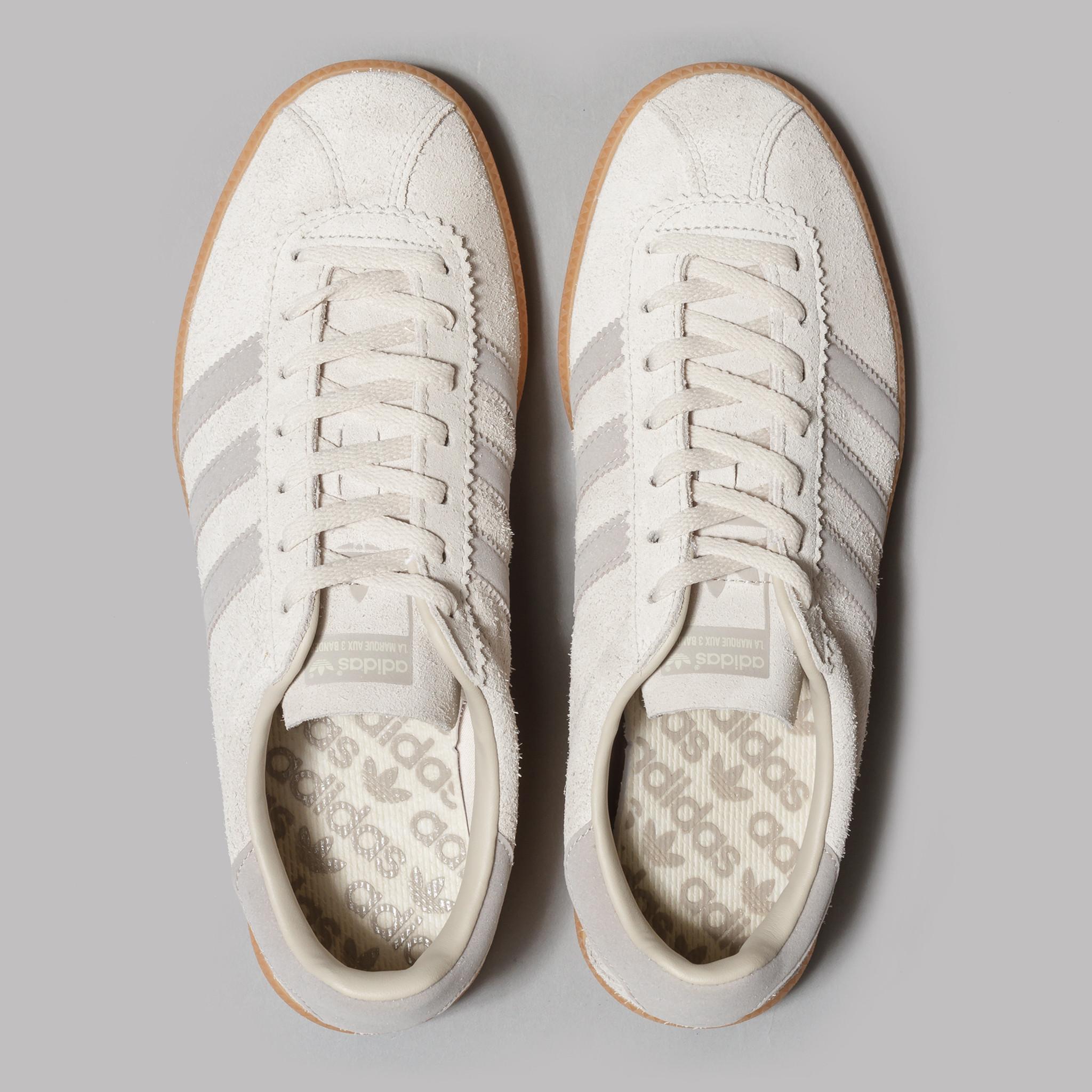 adidas-010217-03-00