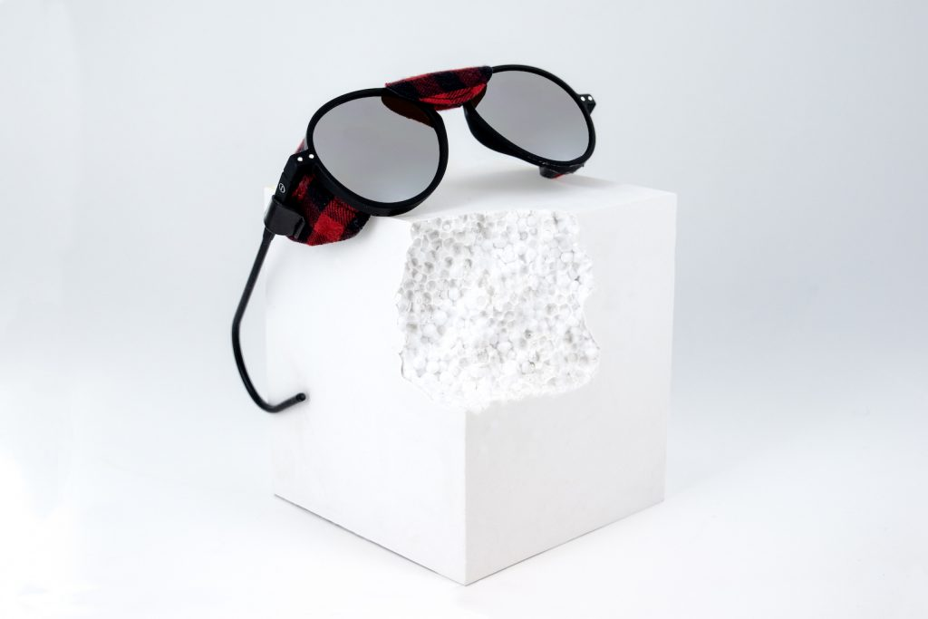 3340ab16923a Just in time for snowy season Woolrich have appointed premium French eyewear  brand IZIPIZI to create a limited edition capsule collection based on their  Sun ...